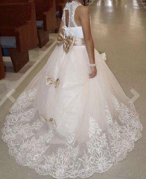 Long Flower girl dress for Sale in Gaithersburg, MD