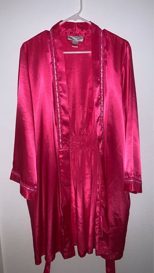 Pink Silk Night gown for Sale in Sacramento, CA