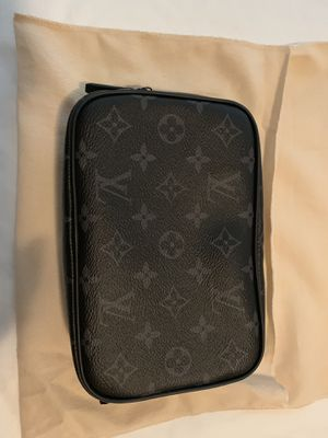 Louis Vuitton Toiletry Bag Brand New for Sale in Alameda, CA