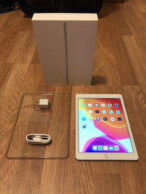 iPad Air 2, 16GB, WiFi - includes box, case and charger for Sale in Falls Church, VA