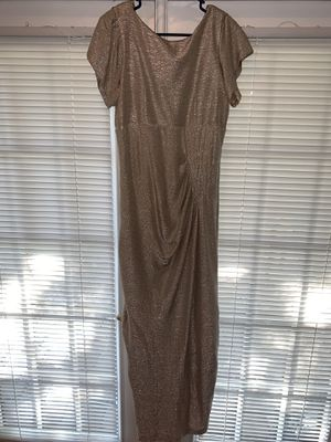 Womens Dress Size 14 Gold for Sale in Orlando, FL
