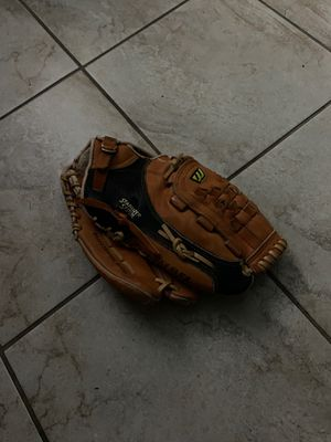 Mizuno MZ 3600 Baseball glove for Sale in Paramount, CA