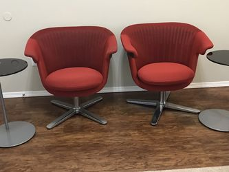 Mid century modern industrial i2i steelcase chair set for Sale in Spanaway,  WA