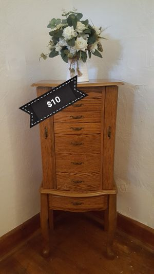 Lingerie and Jewelry Chest for Sale in Norfolk, VA