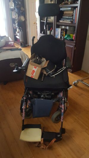 Quickie S636 Rear Wheel Power Wheelchair for Sale in Seal Beach, CA