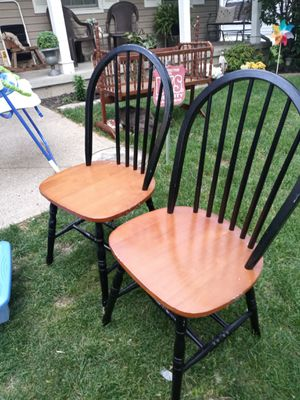 2 chairs for Sale in Galloway, OH