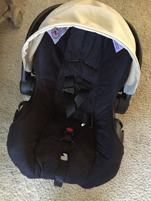 Car seat for Sale in Wellington, CO