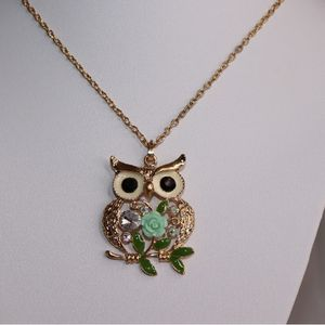 Women's Owl Necklace Set for Sale in Stafford, VA