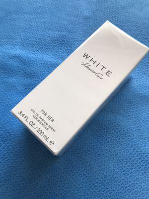 Kenneth Cole White for Her Eau De Parfum 3.4 fl oz Spray🌷🌷🌷 for Sale in Stickney, IL