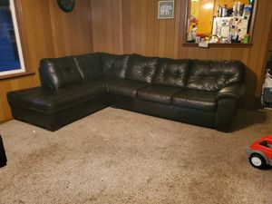 Sectional Couch with Matching Ottoman for Sale in Sheridan, IL