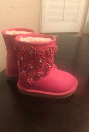 Girls pink Ugg's for Sale in Los Angeles, CA