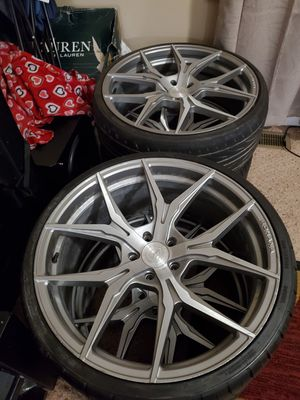 Rohana rims came off caddlac cts off set 9 front rear 10 1/2 for Sale in NORTH DINWIDDIE, VA