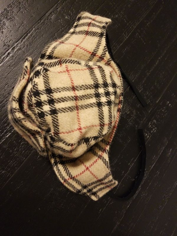 Burberry womens ushanka winter hat wool/alpaca