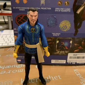 Marvel: Dr. Strange One: 12 Collective 1/12 Scale Action Figure for Sale in El Monte, CA
