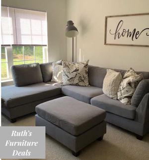 New in boxes grey sectional sofa ( ottoman included) reversible chaise for Sale in Anaheim, CA