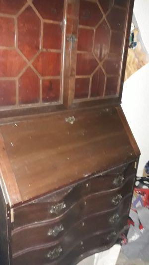 Antique hutch desk for Sale in Las Vegas, NV