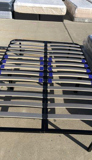 Full size metal bed frame news for Sale in Lathrop, CA