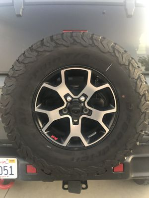 2019 Jeep Rubicon BF Goodrich KO2 Tires and Wheels for Sale in Palmdale, CA