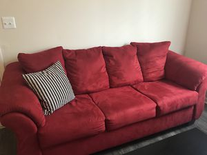 Couch and loveseat for Sale in Columbus, OH