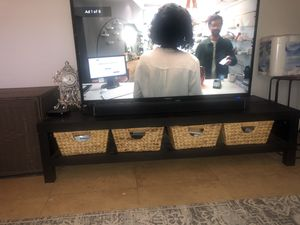 TV Stand with 4 baskets for Sale in Fort Lauderdale, FL