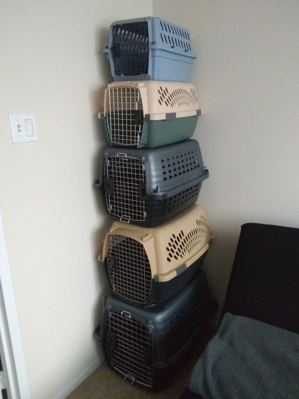 Dog and Cats Crates Kennels Carriers different sizes