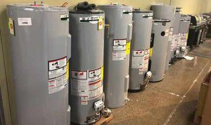 Electric AND Gas Water Heaters 6HT for Sale in Ciudad Juárez, MX