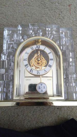 Linden Glass Antique Clock for Sale in Nashville, TN