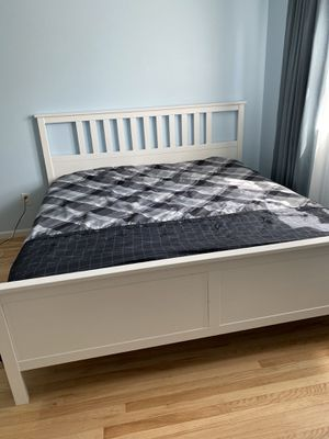 Bed and mattress for Sale in Huntingdon Valley, PA