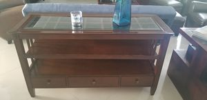 TV stand or entryway table for Sale in Pembroke Pines, FL