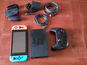 Nintendo Switch & Controller & Extra for Sale in Everett,  WA