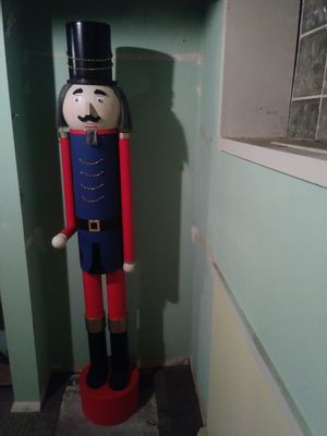 5 ft nutcracker for Sale in Cleveland, OH