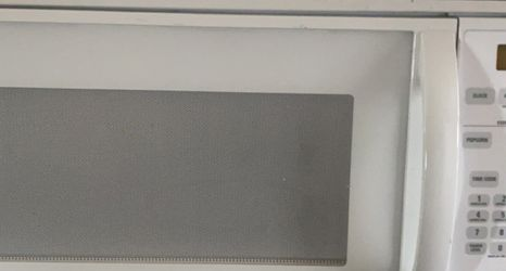GE Over The Range Microwave for Sale in Wapato,  WA
