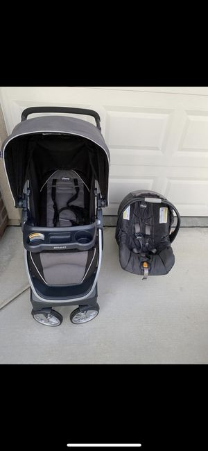 Chicco Bravo stroller and car seat for Sale in Tracy, CA