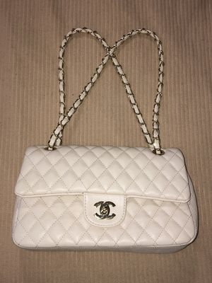 CHANEL Hand/Shoulder Bag for Sale in North Highlands, CA