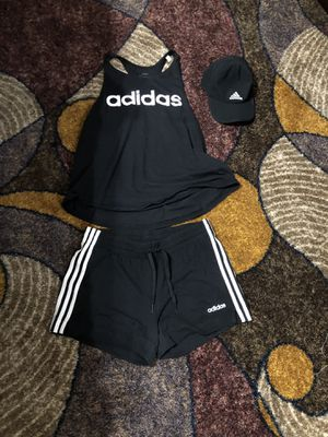 Adidas size L women's for Sale in Snellville, GA