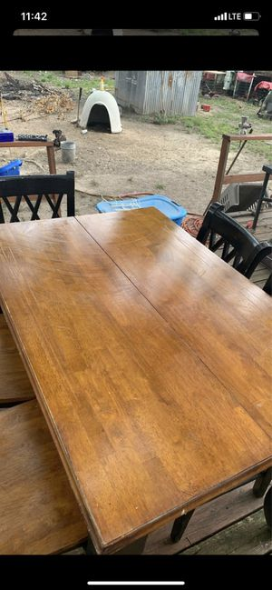 Free table with 5 chairs for Sale in Houston, TX