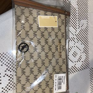Michael Kors Wallet for Sale in Portland, OR