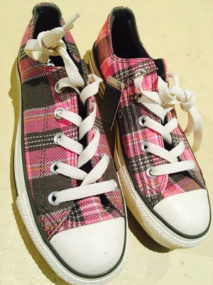 Converse CT PLAID OX Wmns Size 6 for Sale in Pittsburgh, PA