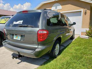 Dodge grand caravan 2001 6 cyl. All power good air condicioner,automatic. for Sale in Winter Haven, FL
