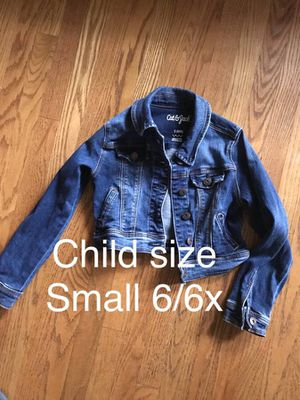 Girls kids blue jeans jacket size small 6/6x for Sale in Arcadia, CA