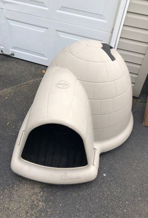 Outdoor Indigo Dog House for Sale in Plainview, NY