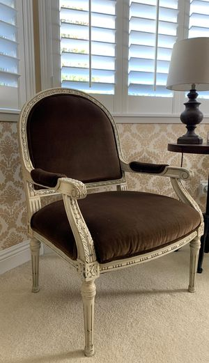 Beautiful French Style Antique set of chairs for Sale in Chino Hills, CA