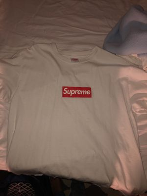Supreme box logo tee adult large for Sale in Reston, VA
