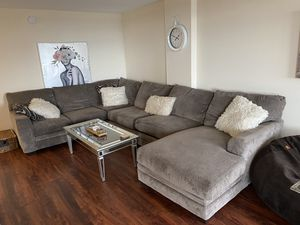 Amazing sectional couch with pull out bed & mattress ! for Sale in Alexandria, VA