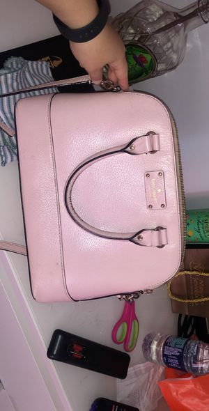 Kate spade purse for Sale in Grove City, OH