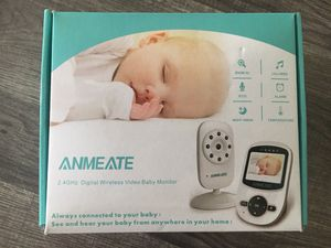 Digital wireless video baby monitor and cámara holder (included on the prize) for Sale in Kissimmee, FL