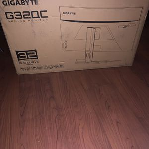 Gigabyte G320C Gaming Monitor for Sale in Perris, CA