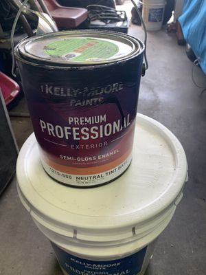 Exterior paint black for Sale in Modesto, CA