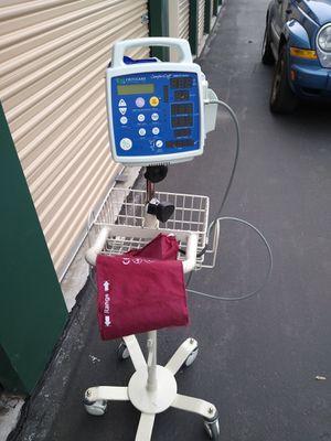 Comfort cuff 506 n t 3 series blood pressure machine for Sale in Cashmere, WA