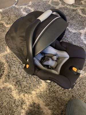 Chicco KeyFit30 baby car seat for Sale in Kentwood, MI